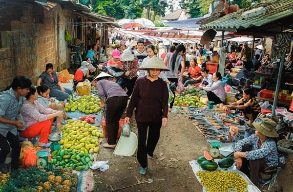 Đi chợ tết nét độc đáo trong cách đón tết của người Miền Trung
