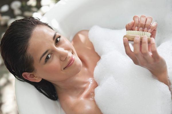 Mơ thấy mình tắm biểu thị sự hân hoan trong cuộc sống của bạn