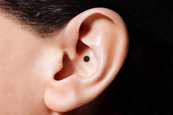 Sở hữu vị trí nốt ruồi ở tai mang lại thuận lợi may mắn