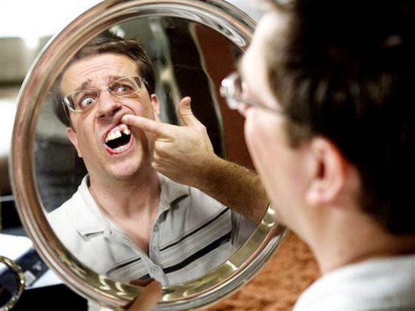 Mơ thấy gãy răng nói lên bạn đang trải qua nỗi sợ hãi