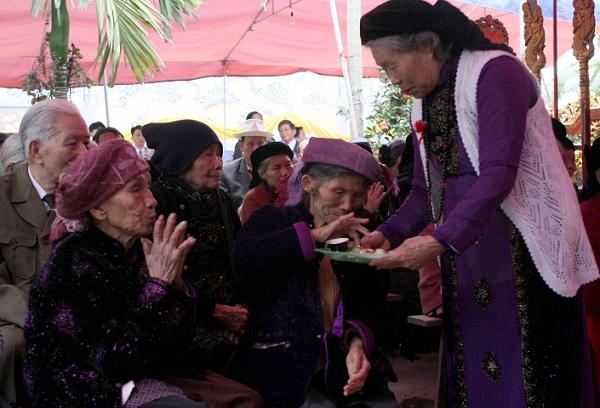Nghi lễ độc đáo trong lễ mừng thọ của người Tày
