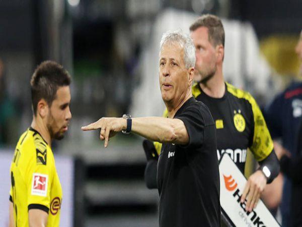 HLV trưởng đăng đàn khi Dortmund thua choáng