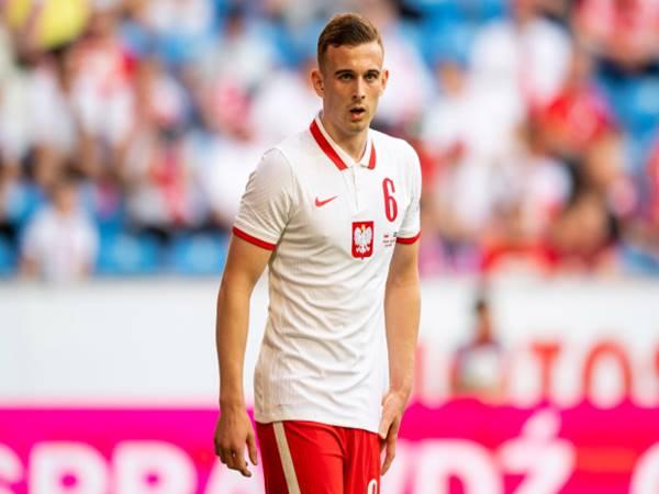 Chuyển nhượng 23/6: Man United sẵn sàng chiêu mộ Kacper Kozlowski