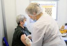 Tiêm vắc xin COVID-19 được chơi xổ số trúng ô tô tại Nga