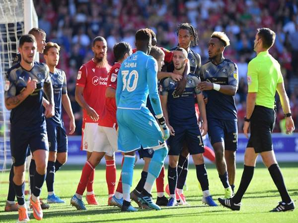 Dự đoán Barnsley vs Nottingham Forest (1h45 ngày 30/9)